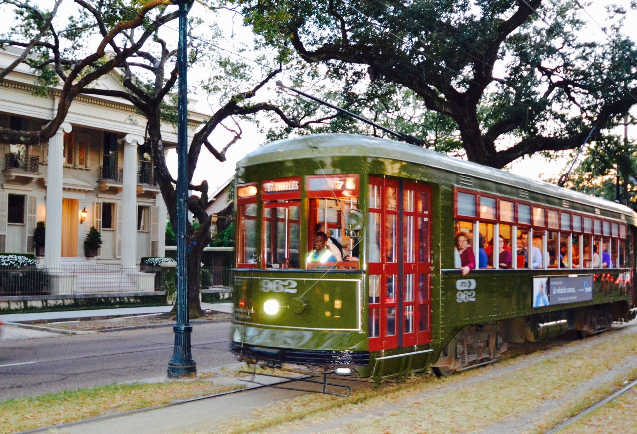 best new orleans Uptown and Garden District tours fun in new orleans