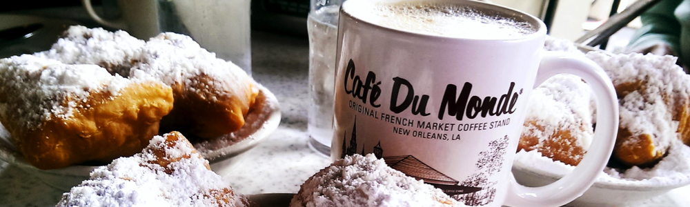 Cafe du Monde coffee and beignets fun in new orleans