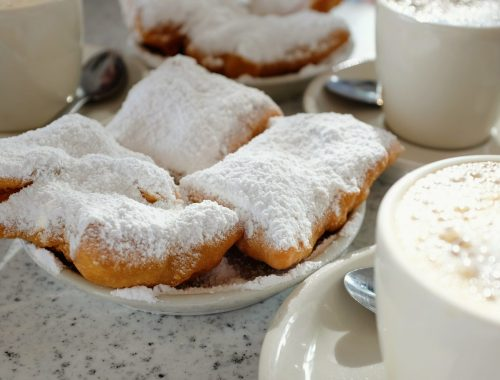 Cafe du Monde New Orleans coffee beignets family fun in new orleans