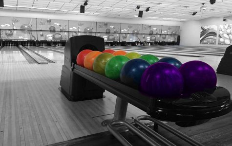 Best New Orleans Bowling Alleys fun in new orleans Colonial Lanes