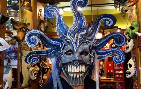Maskarade New Orleans Mardi Gras mask shop fun in new orleans